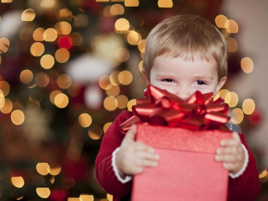 """Коледен Дар – благотворителна коледна кампания на Сдружение """"Еквилибриум"""""""